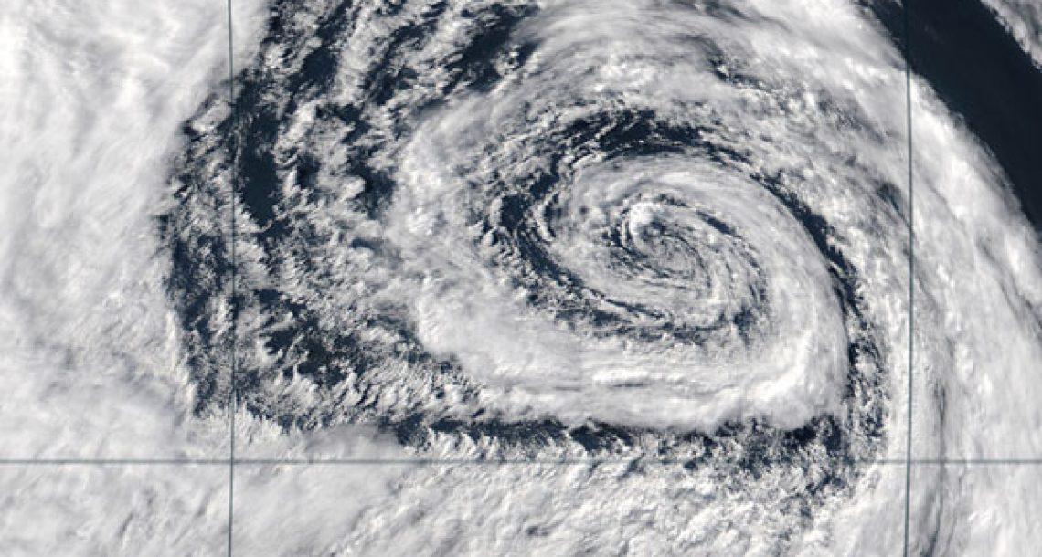Hurricane travels single file at equator