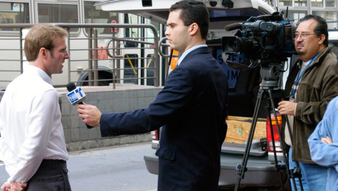Man on street asked opinion on economy as if relevant