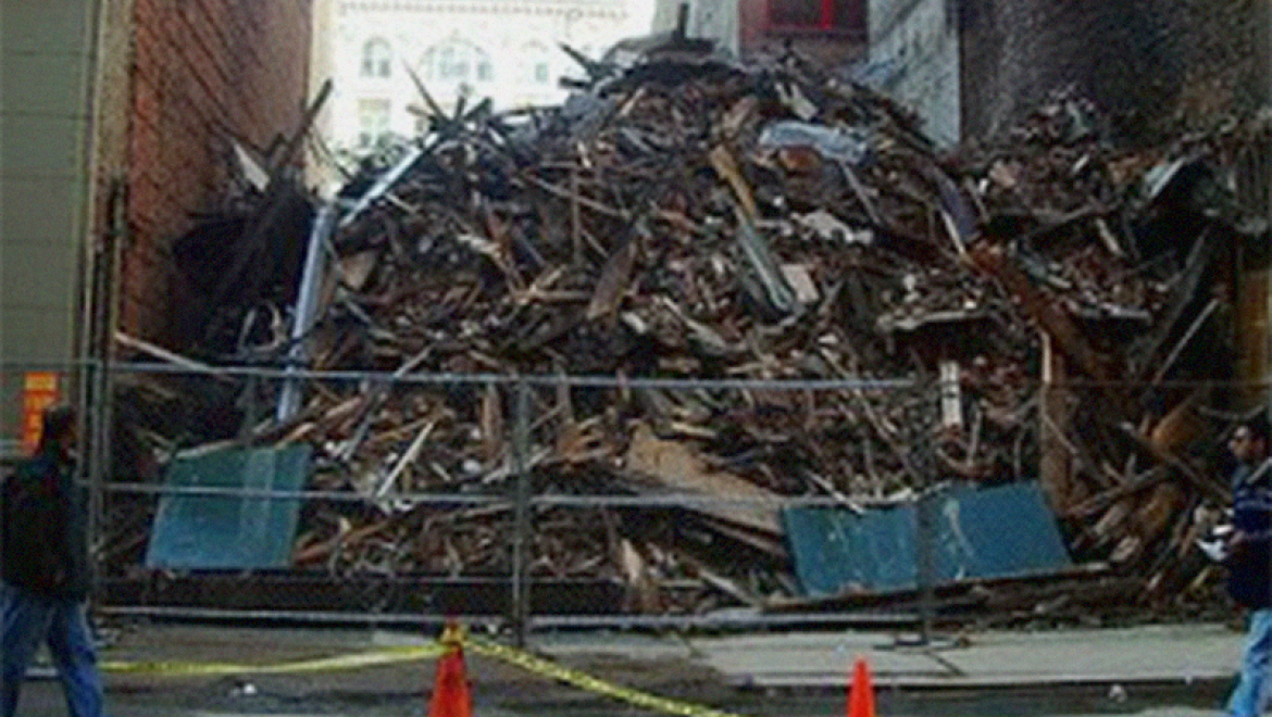 Building collapse under control